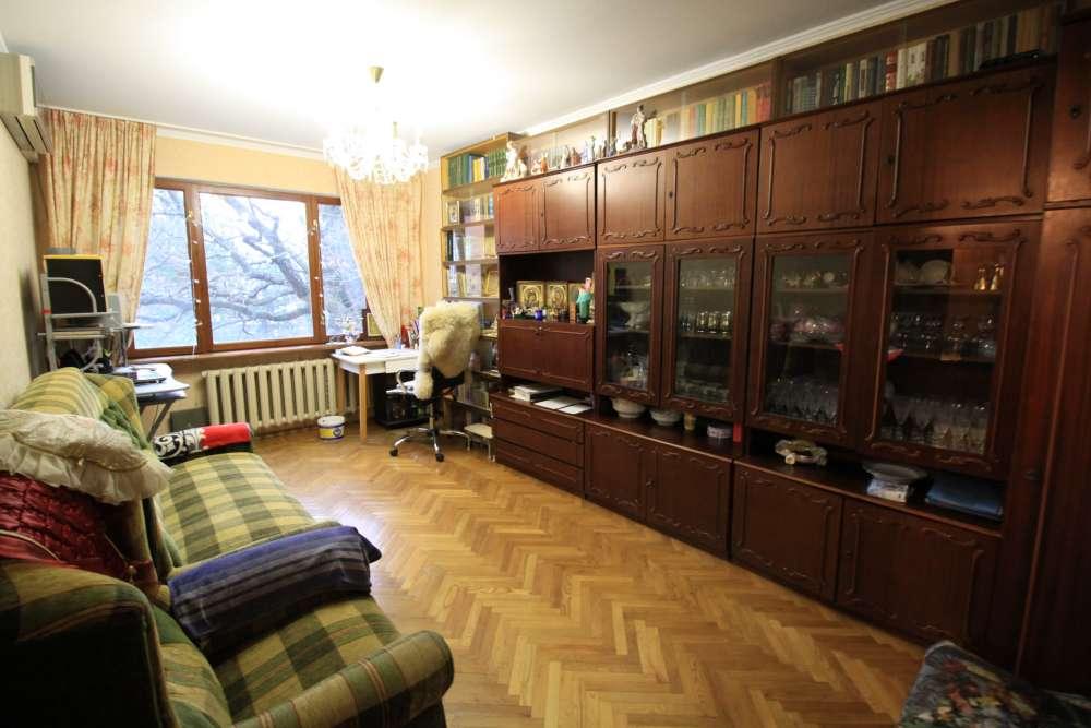 Двухкомнатная квартира с ремонтом ЮБК серии 13