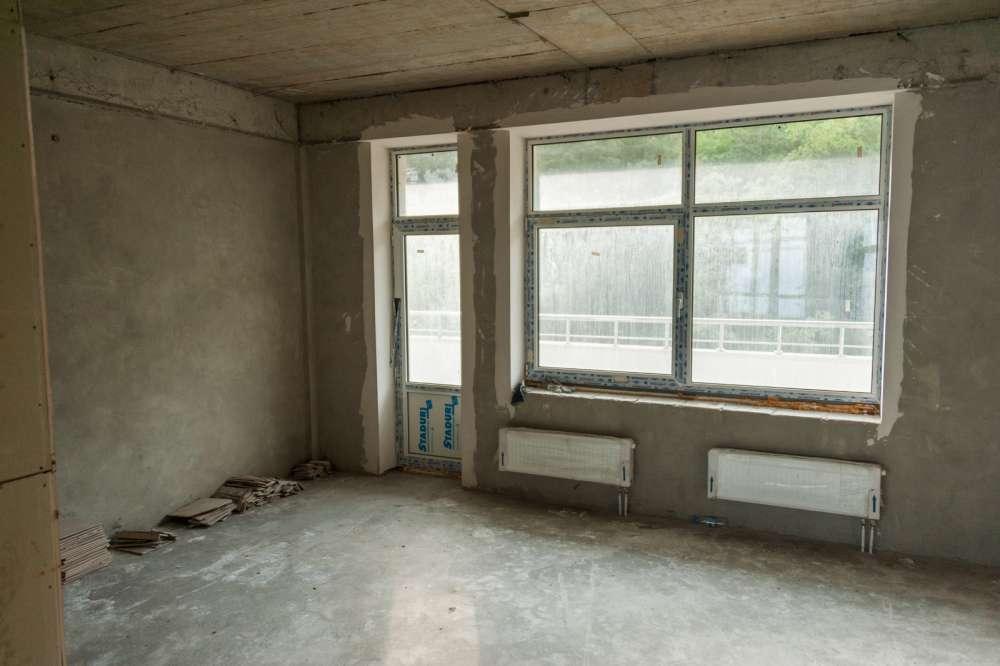 Просторная трехкомнатная квартира в тихом районе Ливадии 2