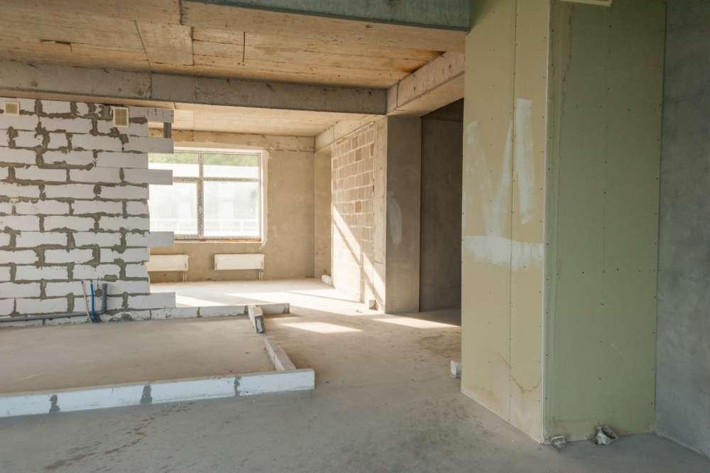 Просторная трехкомнатная квартира в тихом районе Ливадии 6