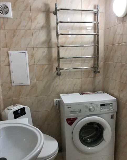 Уютная двухуровневая однокомнатная квартира в Ялте 11