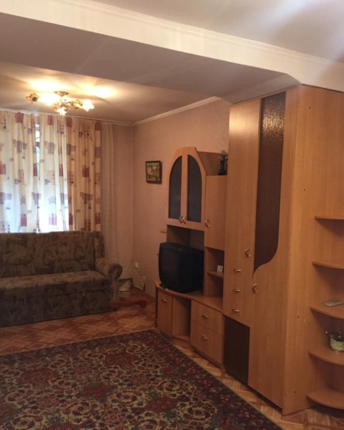 Двухкомнатная квартира рядом с набережной 2
