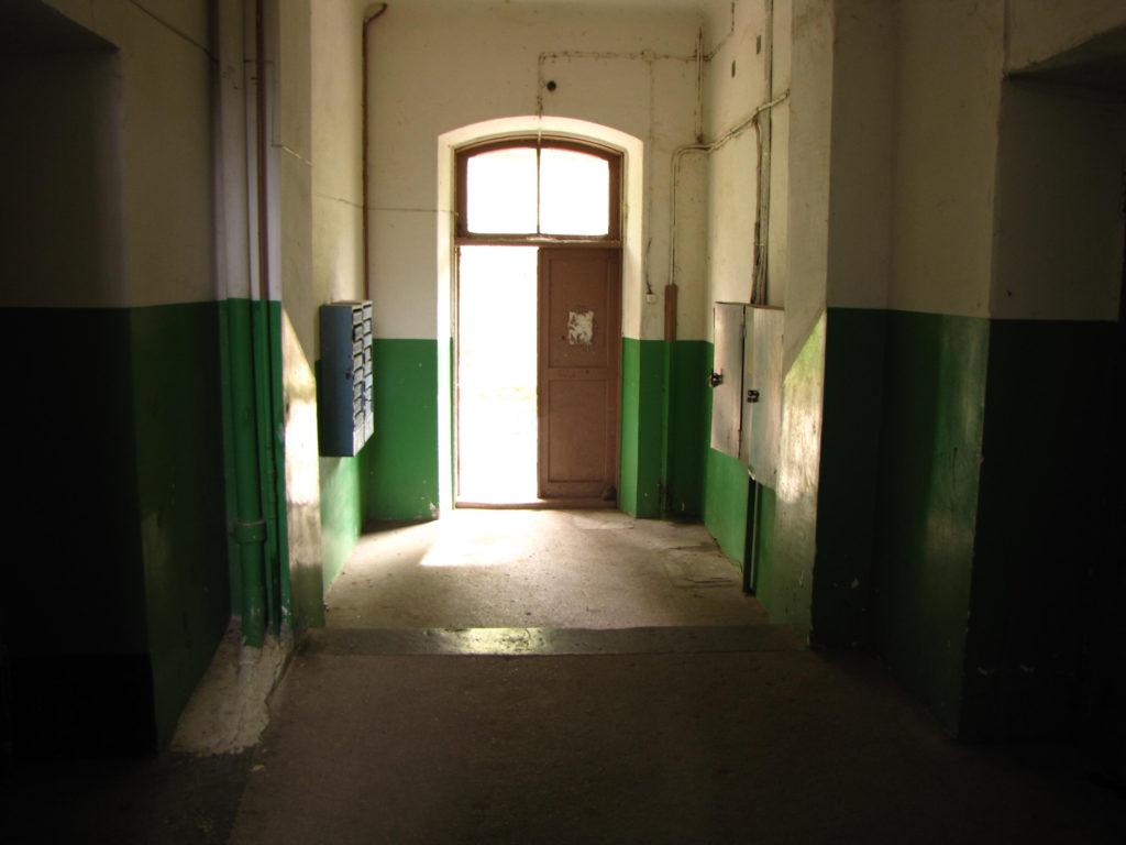 Недорогая квартира-студия в Ялте 5