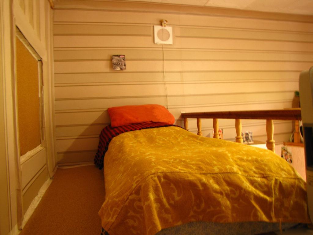 Недорогая квартира-студия в Ялте 6