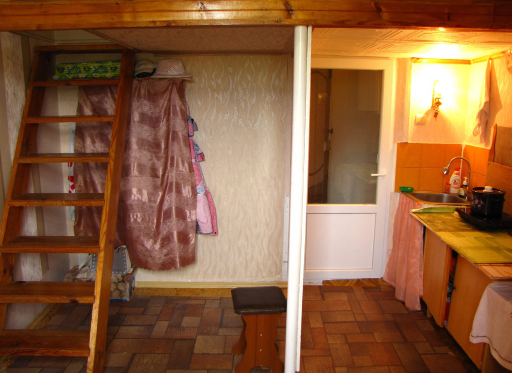 Недорогая квартира-студия в Ялте 7
