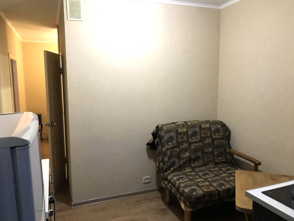 Однокомнатная квартира с ремонтом улучшенной планировки в Ялте 2