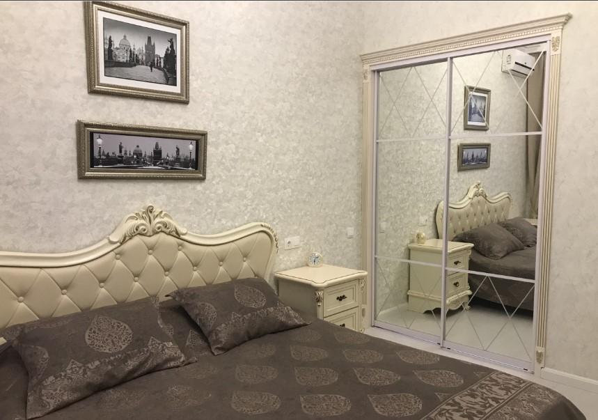 Трехкомнатная квартира в элитном комплексе 2