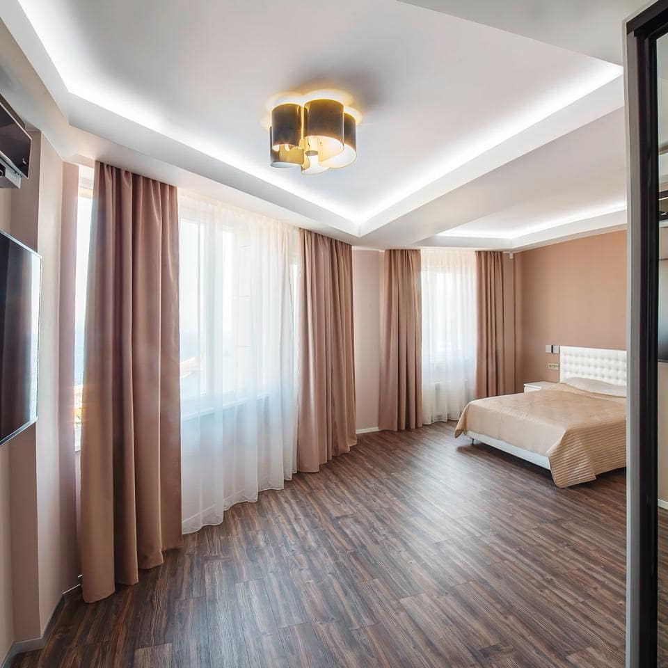 4х комнатная квартира в центре Ялты 13