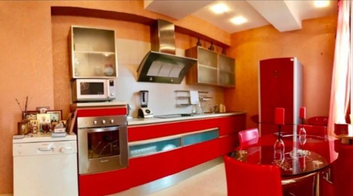 Двухкомнатная квартира в центре Ялты 4