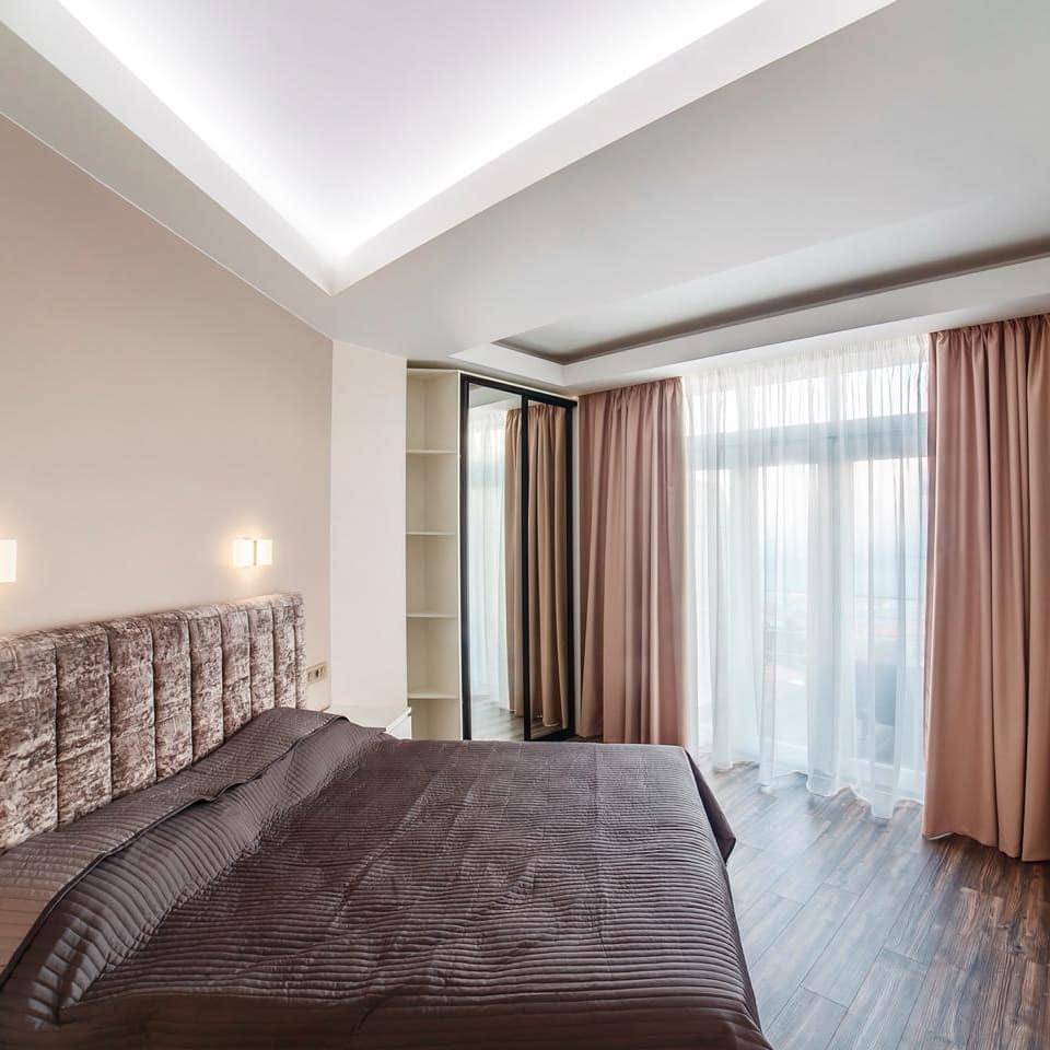 4х комнатная квартира в центре Ялты 3