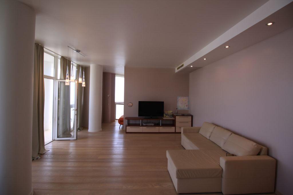 Двухкомнатная квартира в Гурзуфе 1
