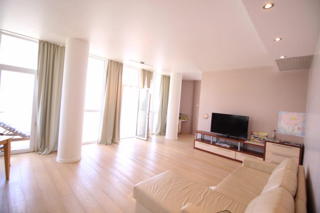 Двухкомнатная квартира в Гурзуфе 18