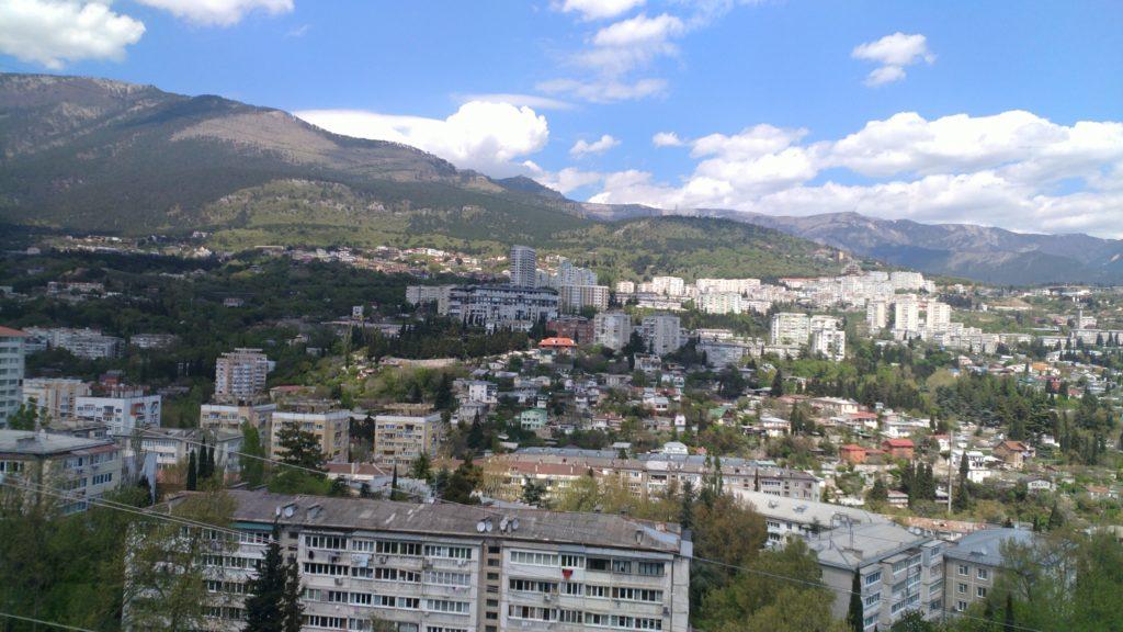 Двухкомнатная квартира с видом на горы в новом доме 1