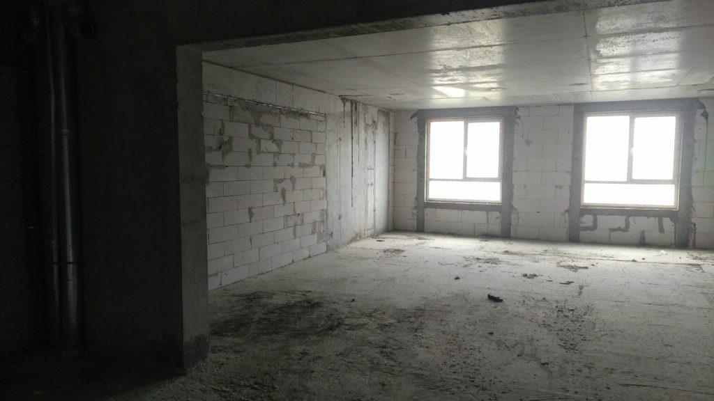 Большая квартира в новостройке Ялты 3