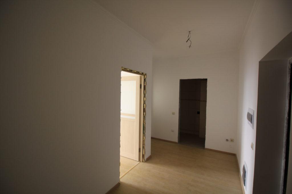 Квартира с ремонтом в ЖК Алмаз 1