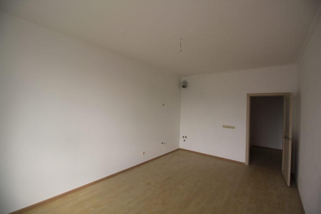 Квартира с ремонтом в ЖК Алмаз 6