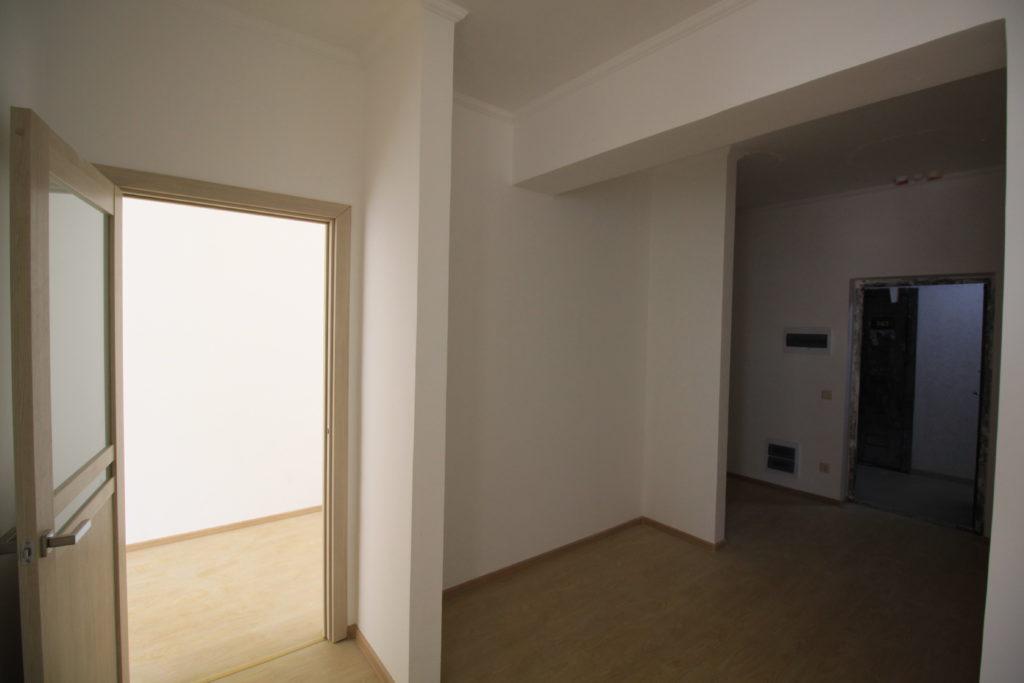 Двухкомнатная квартира в Алмазе 4