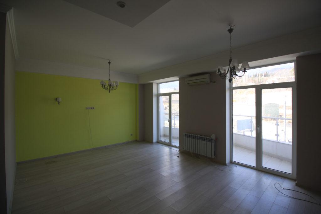 Квартира с готовым ремонтом в ЖК Шато Лувр 4