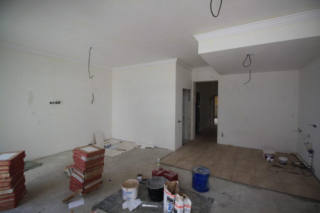 Квартира с чистовой отделкой в ЖК Шато Лувр 7