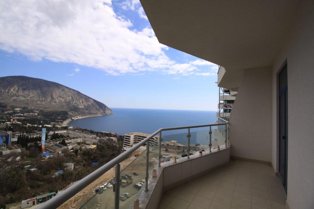 Квартира в Гурзуфе с Панорамным видом на море 5
