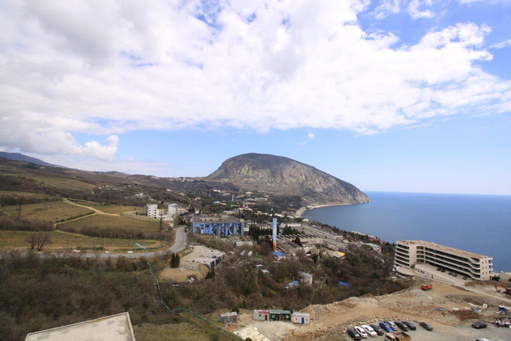 Квартира в Гурзуфе с Панорамным видом на море 6