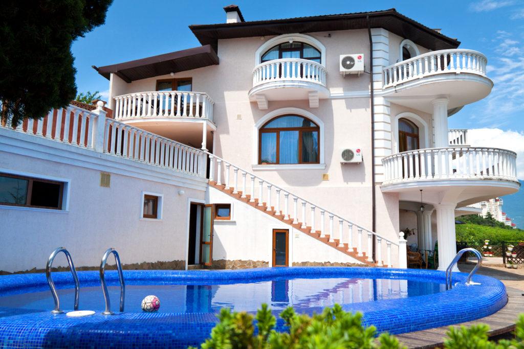 Резиденция в Ливадии 1