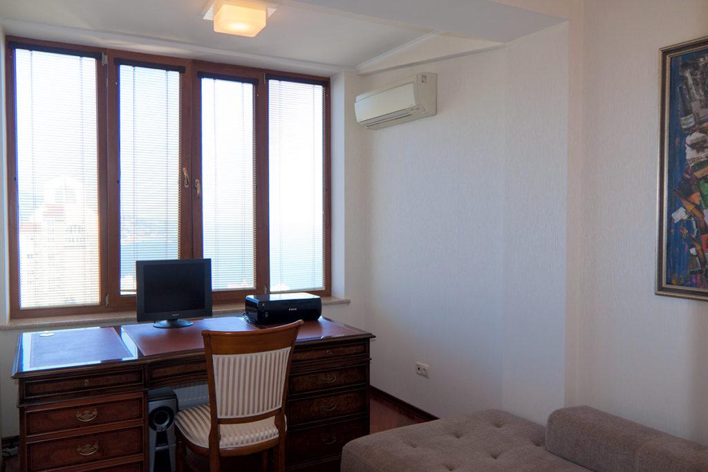 Квартира двухуровневая в Ялте 4