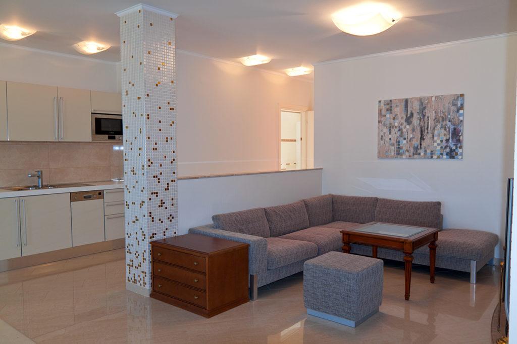 Квартира двухуровневая в Ялте 5