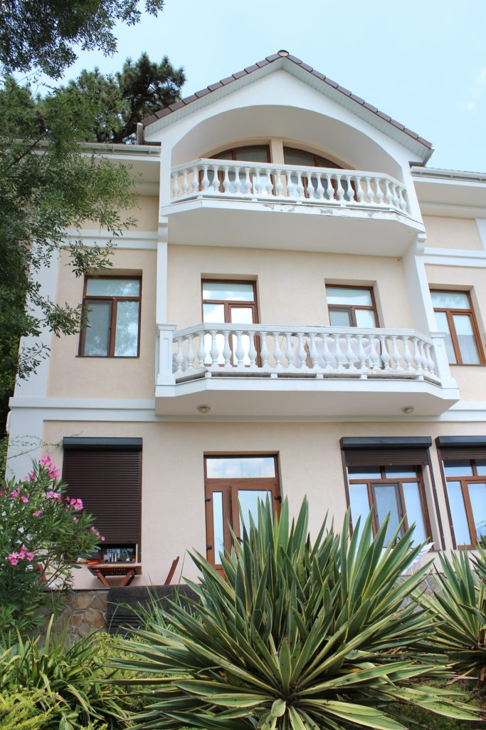 Дом трехэтажный 18