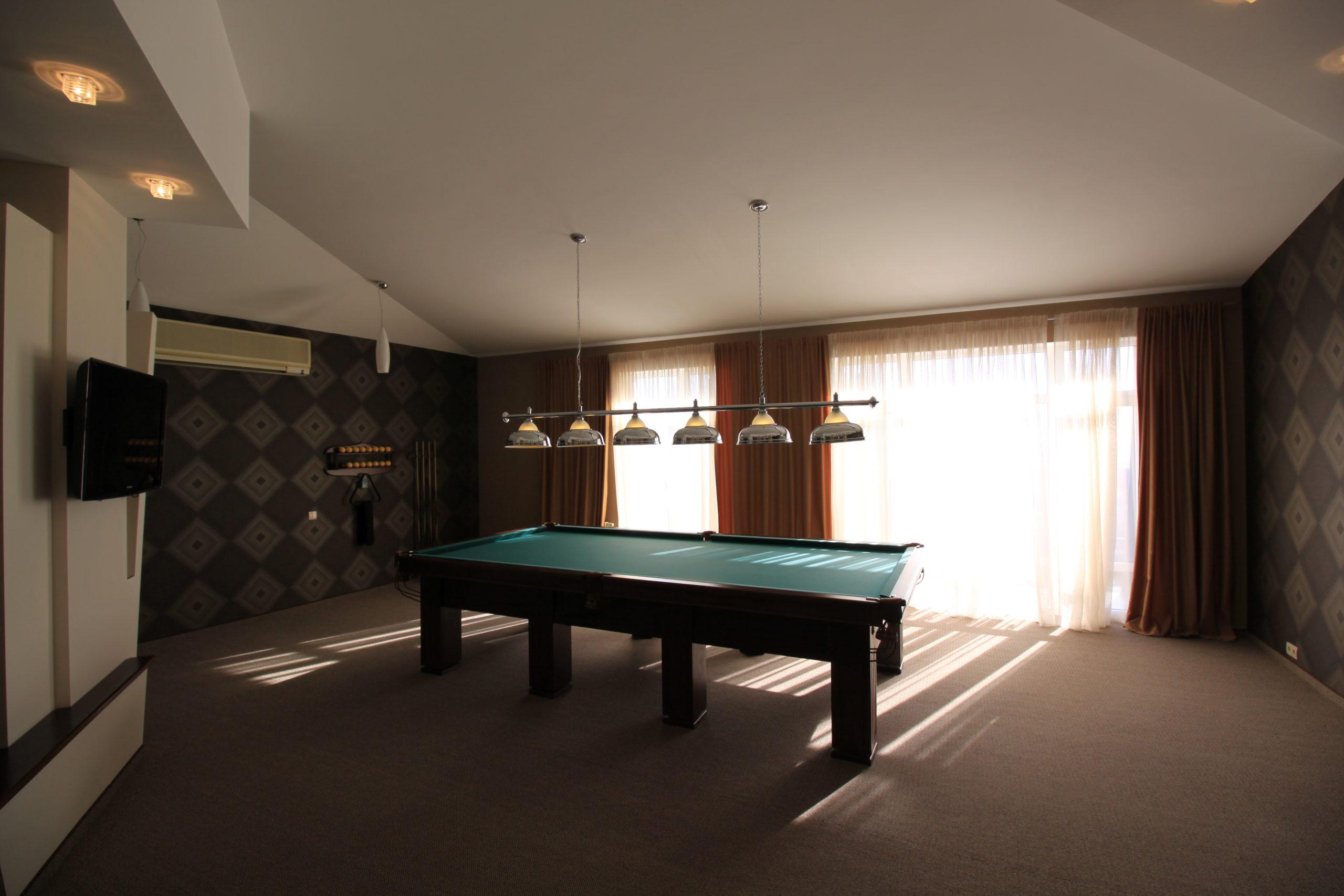 Часть Дома со своим Двором 12