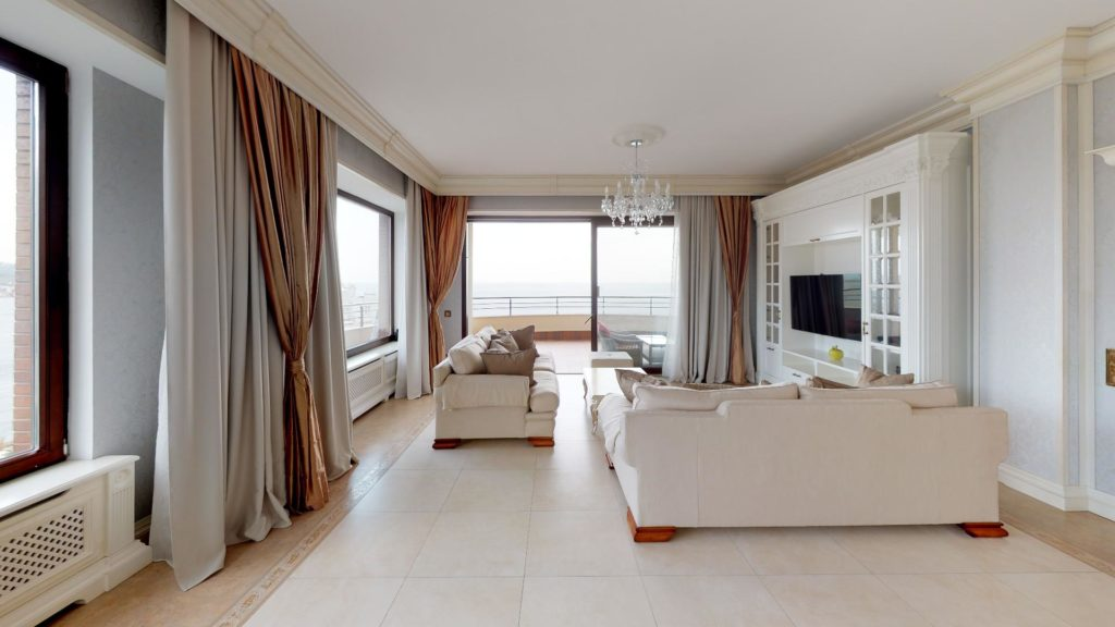 Квартира с панорамным видом на море в Приморском Парке 14
