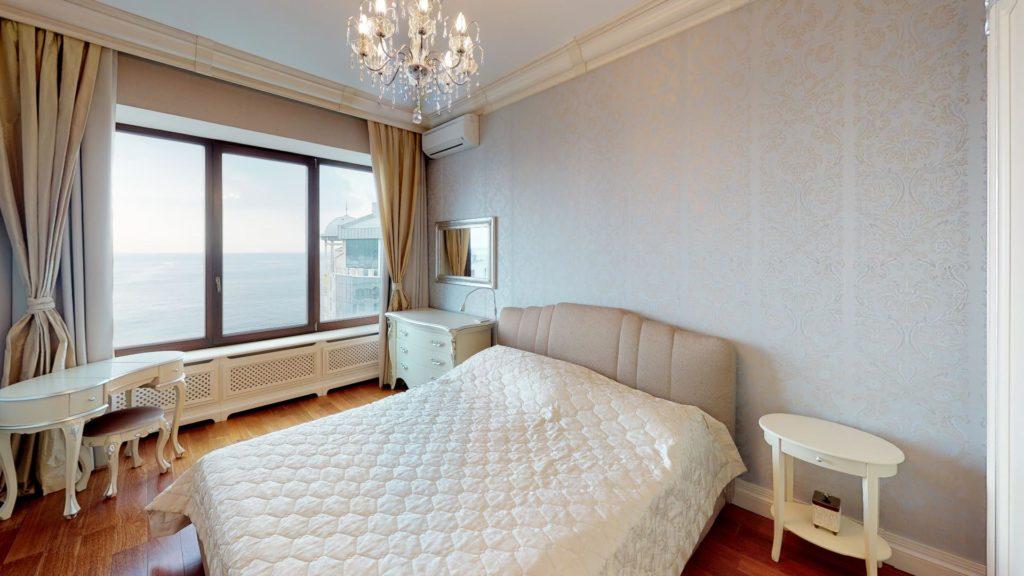 Квартира с панорамным видом на море в Приморском Парке 5
