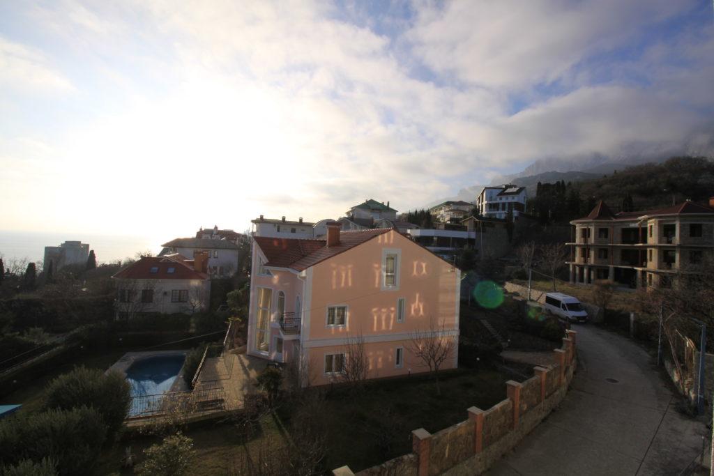Квартира с видом на море пгт. Кореиз 10