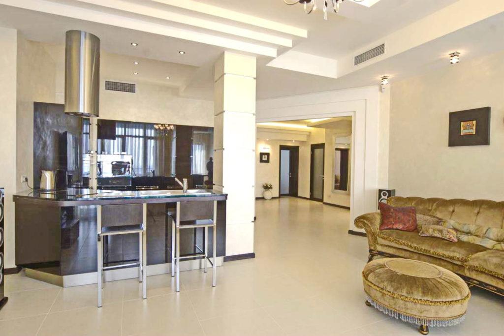 Дизайнерские апартаменты в Алуште 1