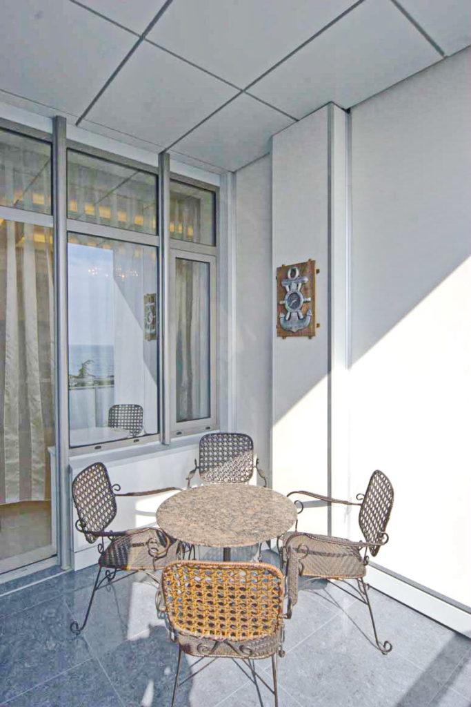 Дизайнерские апартаменты в Алуште 8