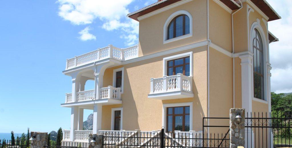 Продается 3-х этажный дом в Средиземноморском стиле 3