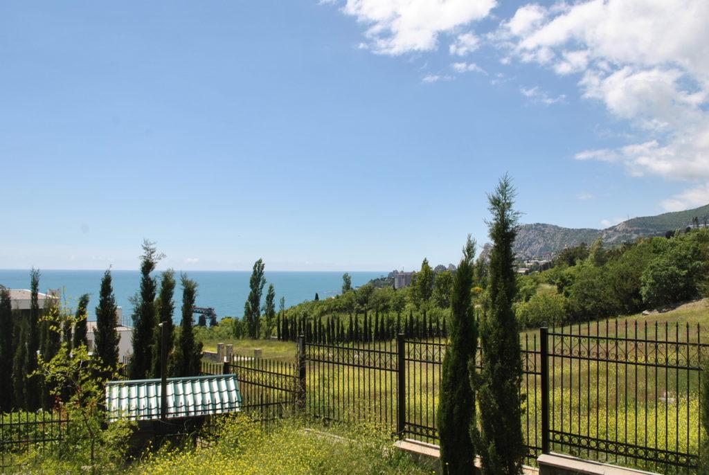 Продается 3-х этажный дом в Средиземноморском стиле 7