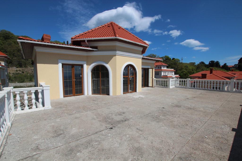 Продается 3-х этажный дом в Средиземноморском стиле 12