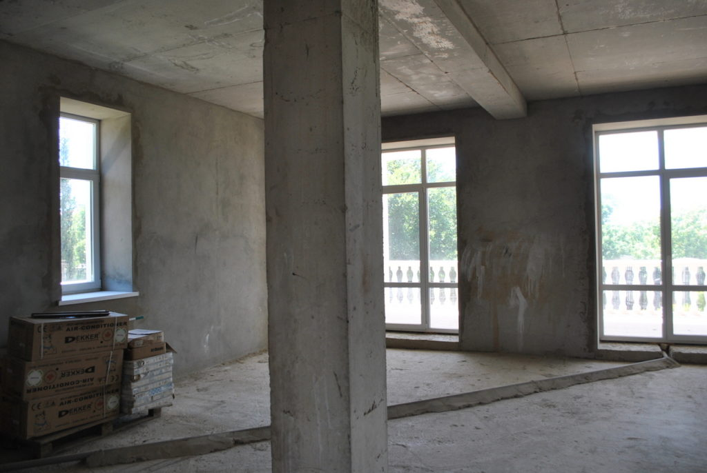 Продается 3-х этажный дом в Средиземноморском стиле 15