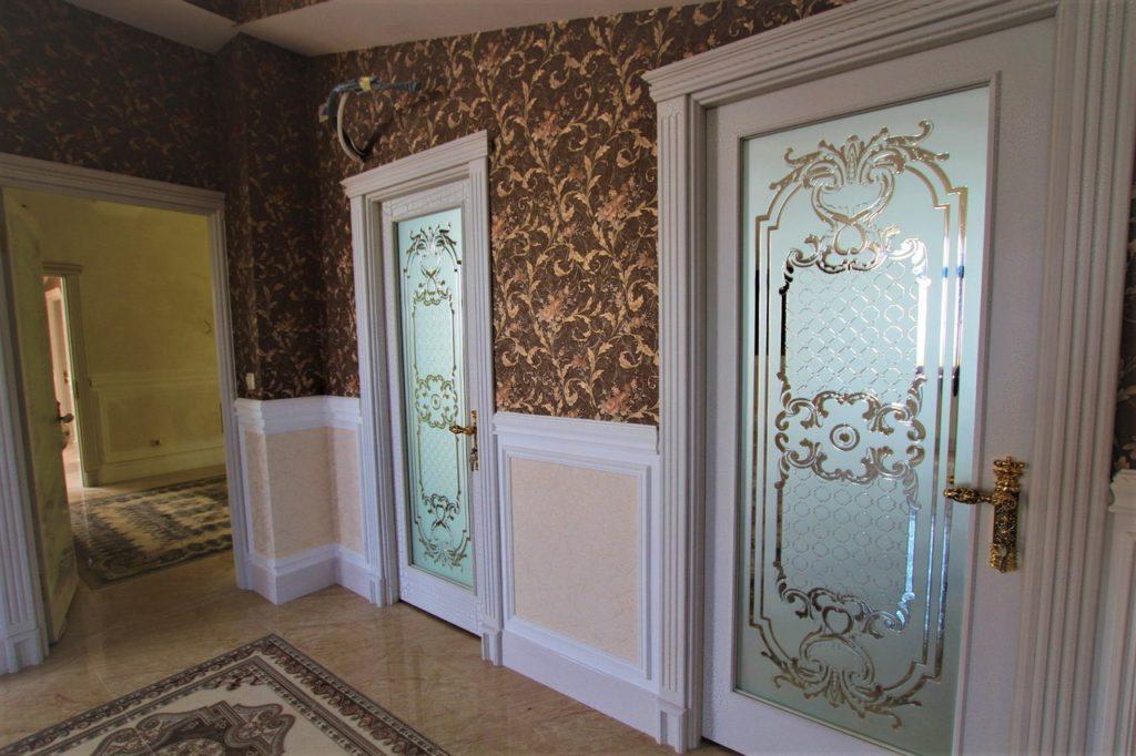 Дом расположен в окружении Крымских сосен 29
