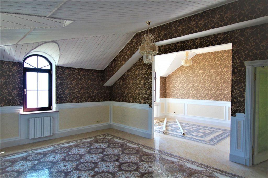 Дом расположен в окружении Крымских сосен 31