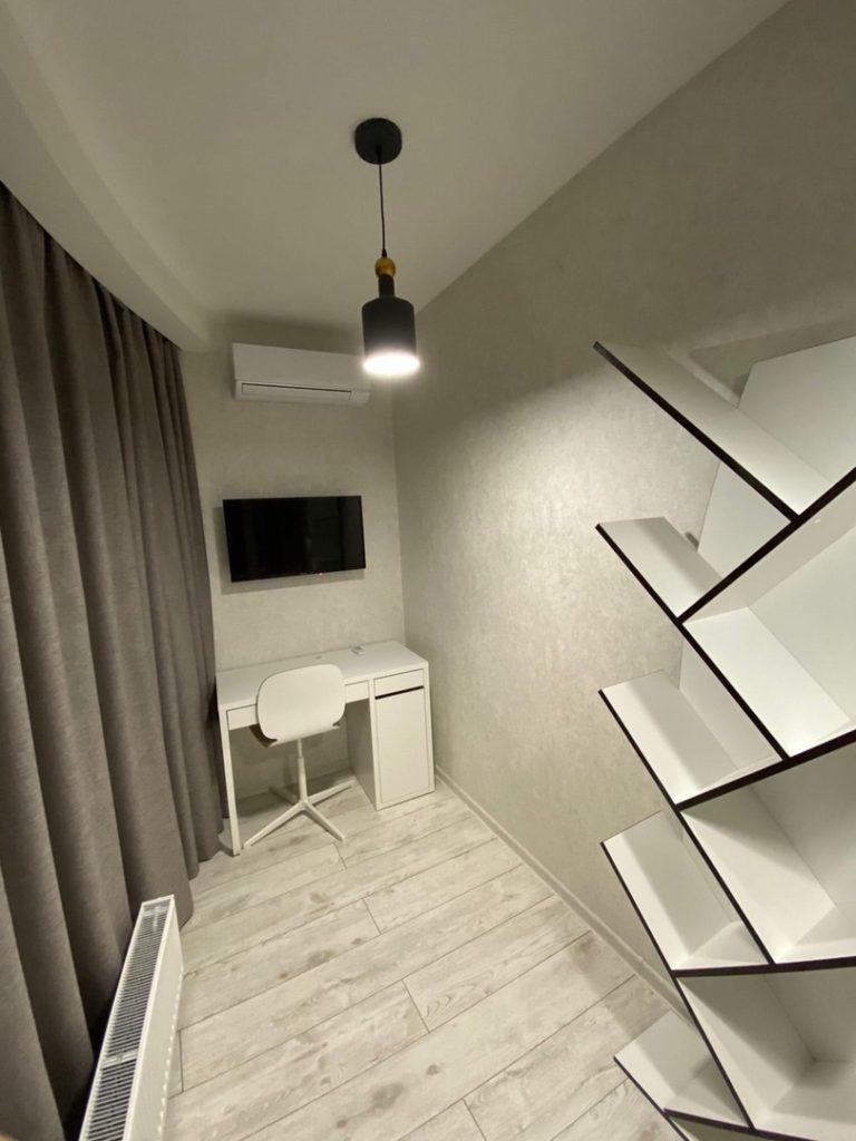 Трехкомнатная Квартира с ремонтом в ЖК Континент 9