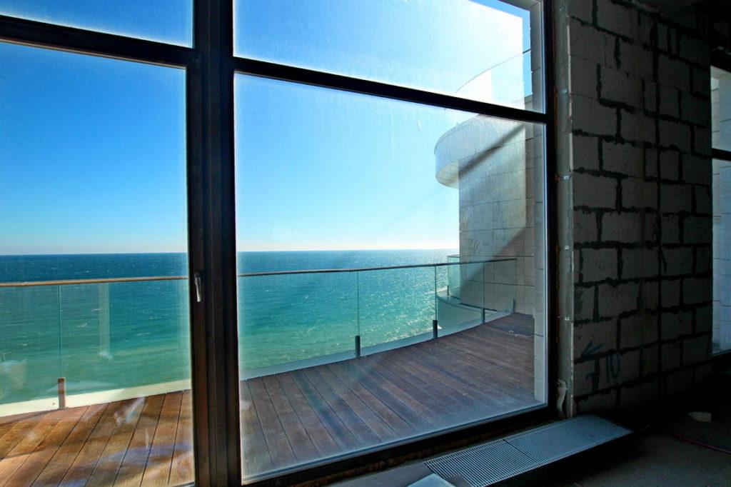 Просторные апартаменты у моря 2