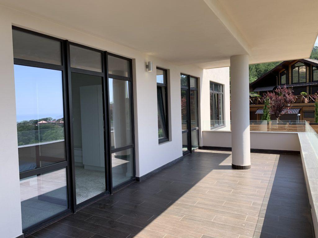 Купить новый дом с отделкой в Ялте на участке 5 соток 11