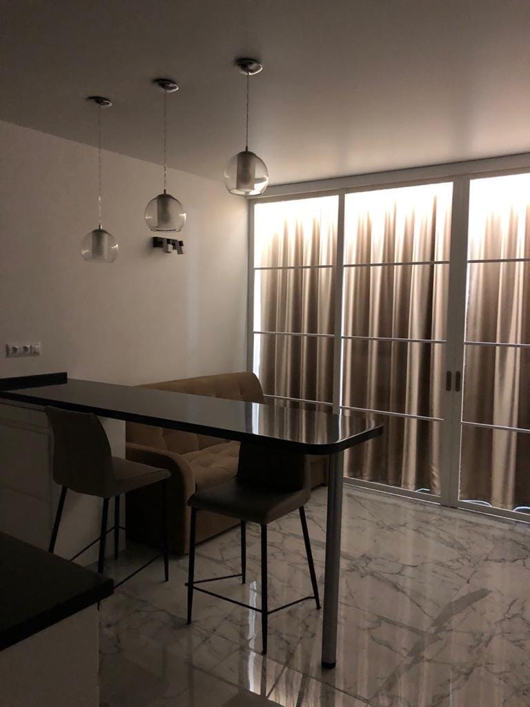 Квартира с ремонтом в ЖК Континент 12