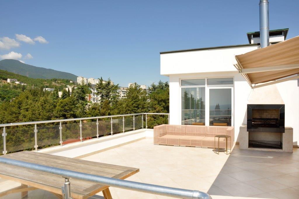 Современные 3-х комнатные апартаменты с лучшим видом на море и город 26