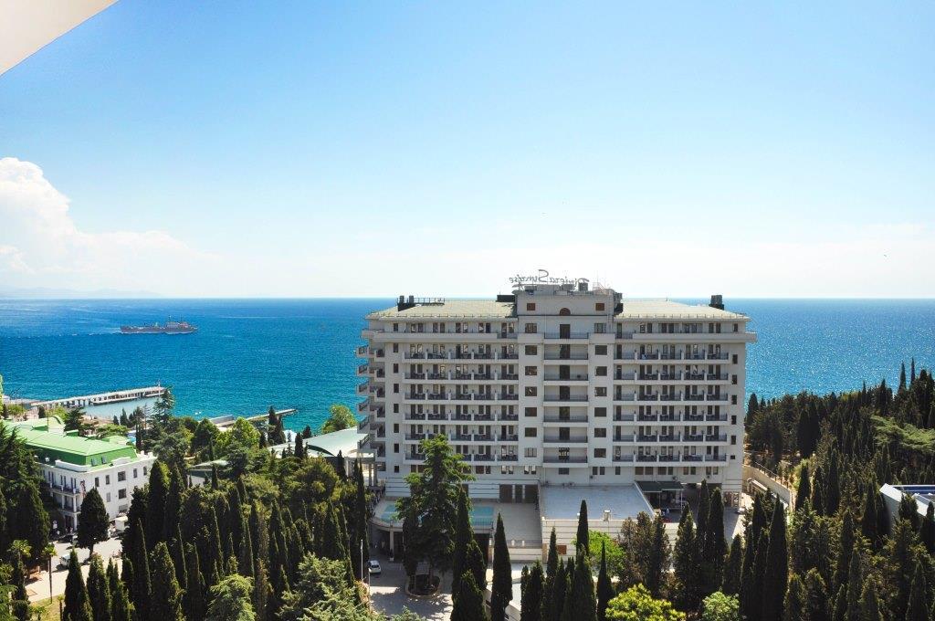 Современные 3-х комнатные апартаменты с лучшим видом на море и город 30