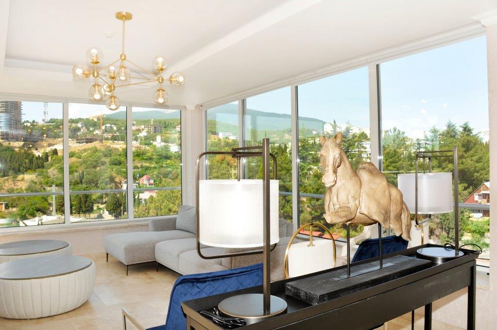 Современные 3-х комнатные апартаменты с лучшим видом на море и город 9