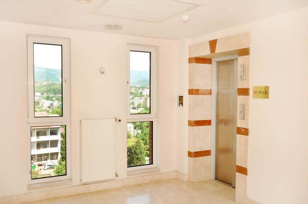 Современные 3-х комнатные апартаменты с лучшим видом на море и город 11