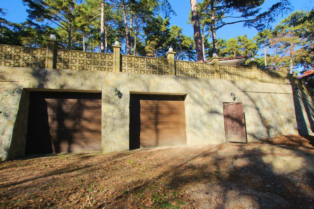 Двух этажный дом в закрытом посёлке Горный 5