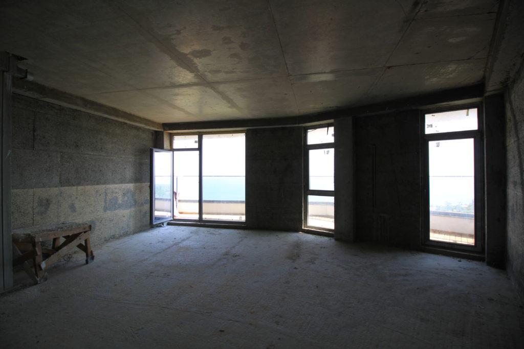 Квартира свободной планировки в ЖК Коста Мисхор 5